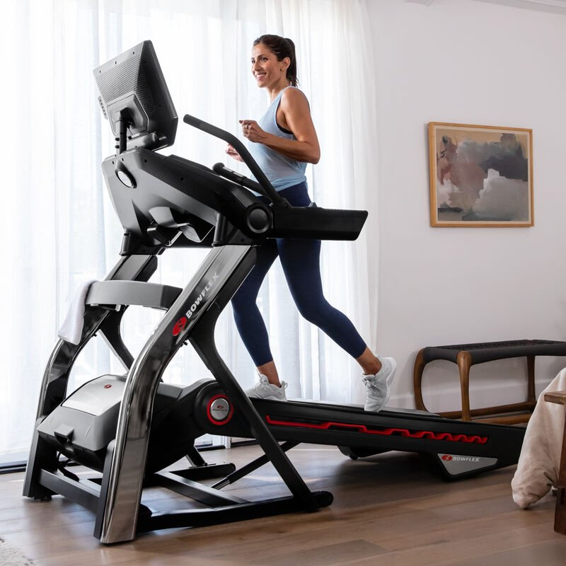 Woman using the Treadmill 22 - expanded view